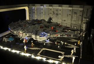 雰囲気出てるレゴ・ミレニアムファルコンのジオラマ