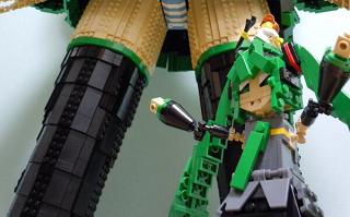 レゴで作った『等身大初音ミク』がすごい!!